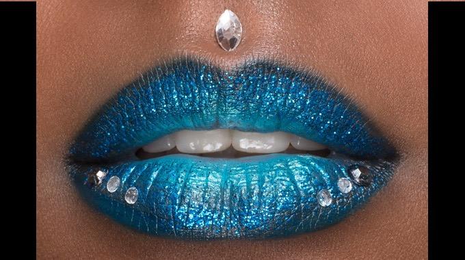 makeupforeveracademy-anciens-eleves-artist-rouge-sandrine-denis-clovis-lalanne