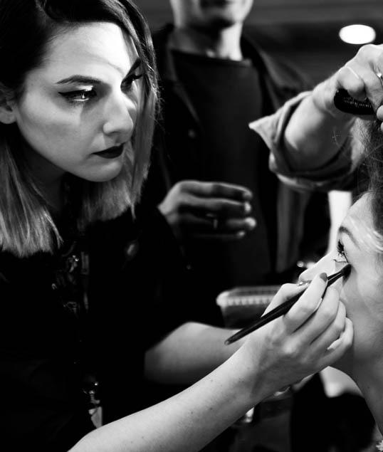 Juliette Veljovic Make-up Artist et Professeur affilié en formations intensives