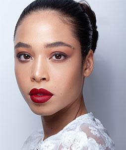 Comment maquiller ses lèvres pour une grande occasion ?