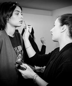 Quelle formation maquillage pour un maquilleur junior ?