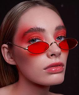 Comment maquiller ses yeux quand on porte des lunettes ?