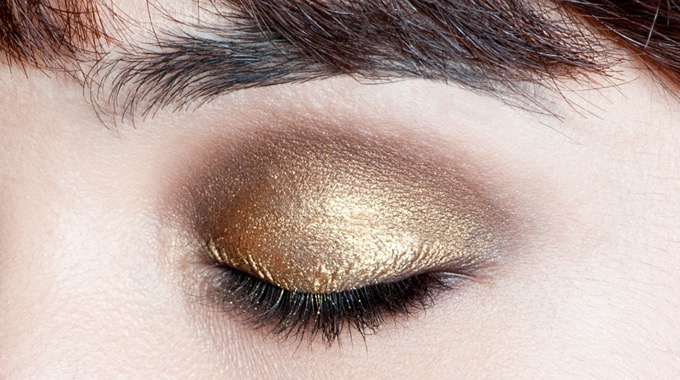 gold-brown-smoky-makeupforeveracademy-step4