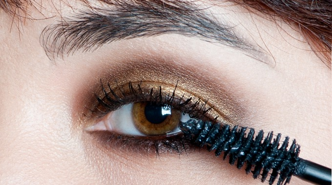 gold-brown-smoky-makeupforeveracademy-step5
